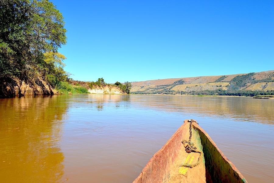 Route vers les tsingy de Bemaraha, selon Olive